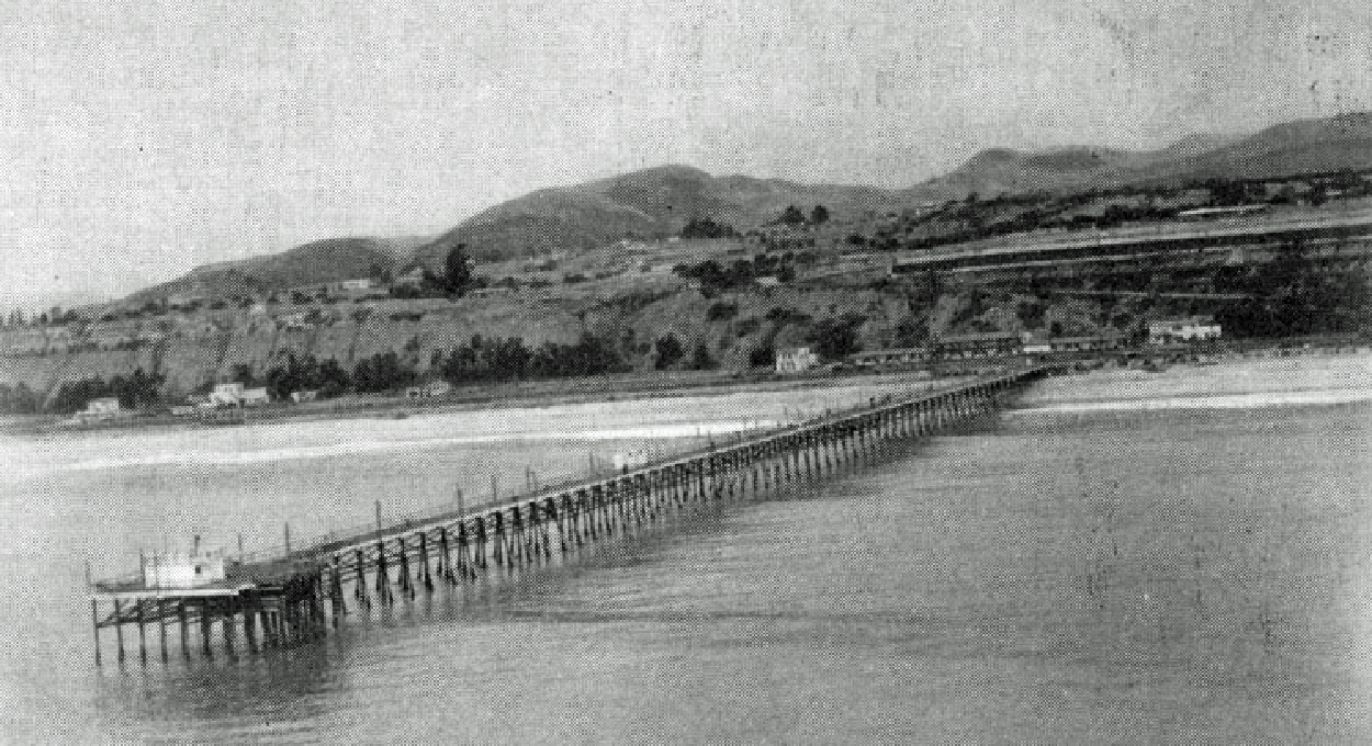 It 39 s history capistrano pier only memories remain dana for Dana point pier fishing