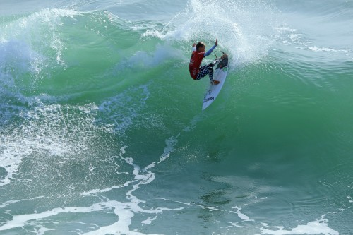 Jett Schilling (San Clemente) clinched the NSSA Southwest Open season Southwest Conference Boys division title, March 19 and 20, at the final event of the season in Huntington Beach. Photo: Kurt Steinmetz