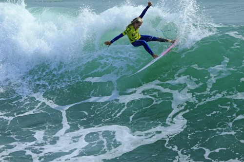Samantha Sibley (San Clemente) brought home a win in Girls and a third-place finish in Women at NSSA Southwest Open event No. 10, March 19 and 20, the final event of the regular season. Photo: Kurt Steinmetz