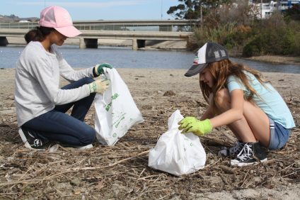 (At left) Angie Lopez and Anna Krzywicki, volunteered during the annual Thanksgiving Beach Clean up on Saturday, Nov. 19 at Doheny State Beach. Photo: Kristina Pritchett