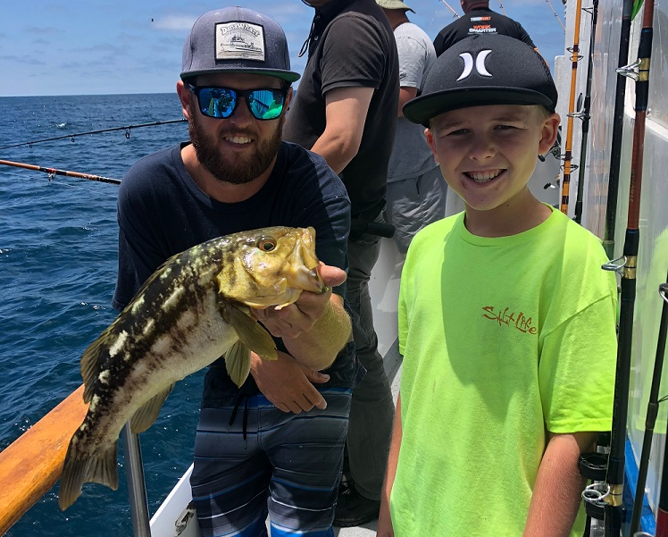 Dana wharf fish count warm clean water provides bass for Dana point fish report